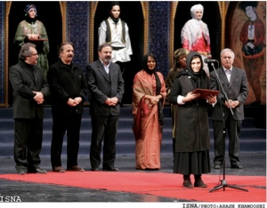 Baran Kowsari receiving her award for best actress at the Iranian Annual Film Festival Fajr (image courtesy of Arash Khamooshi, ISNA).