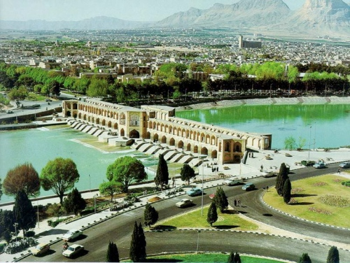 Esfahan (or Isfahan) (above), click on the link at the end of this 'Window' to see many more stunningly beautiful pictures of the city of Esfahan, its gardens, and historical sites.
