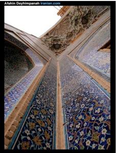 Yazd architecture (image courtesy of Afshin Deyhimpanah www.iranian.com)