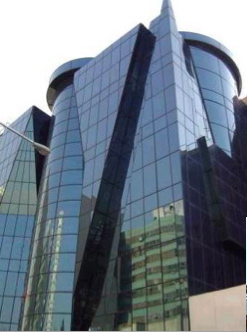 A new building in modern Tehran (click the link at the end of window for more pictures).